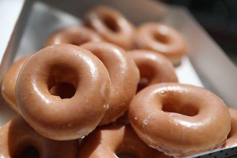 food, doughnut, dish, cuisine, cider doughnut, glaze, ingredient, bagel, loukoumades, baked goods,
