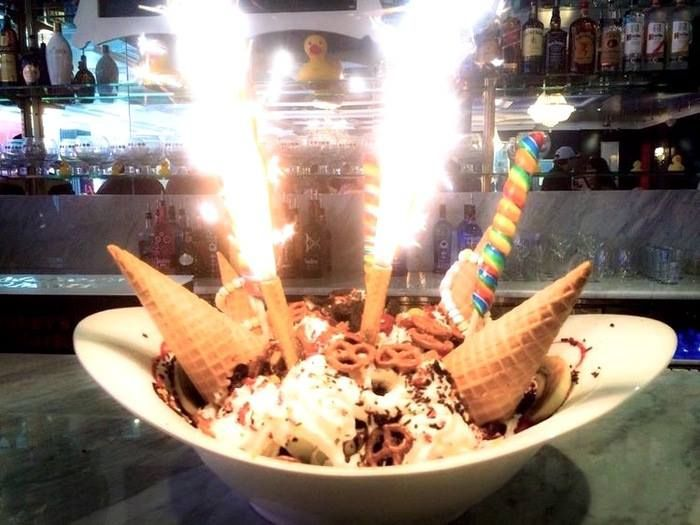 Sugar Factory ice cream sundae