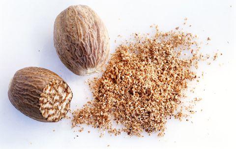 Can Two Teaspoons Nutmeg Really Kill You
