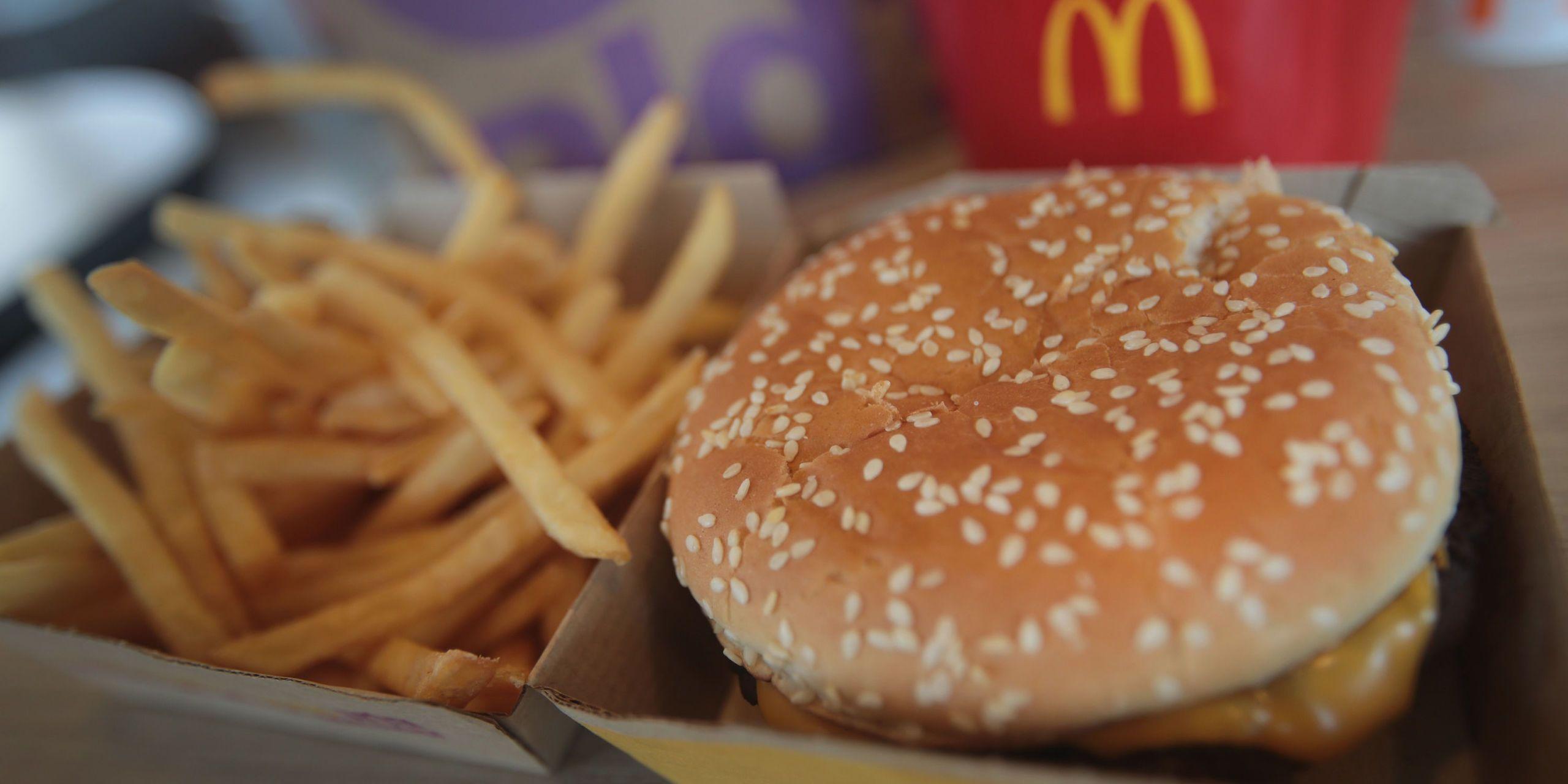 16 Fast Food Restaurants Open On Thanksgiving