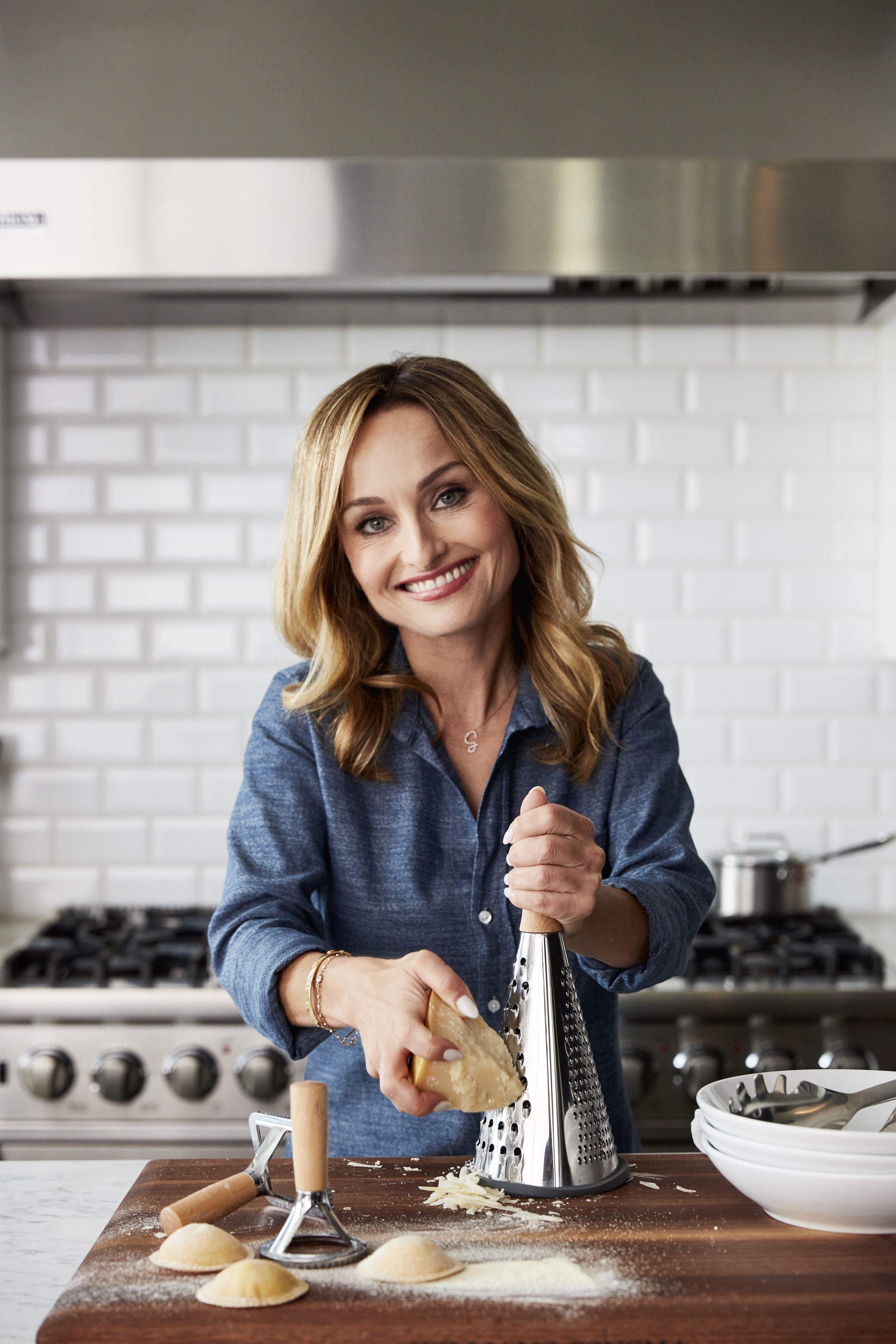 Giada De Laurentiis Admits The Horrifying Kitchen Fail That Almost Ruined Thanksgiving