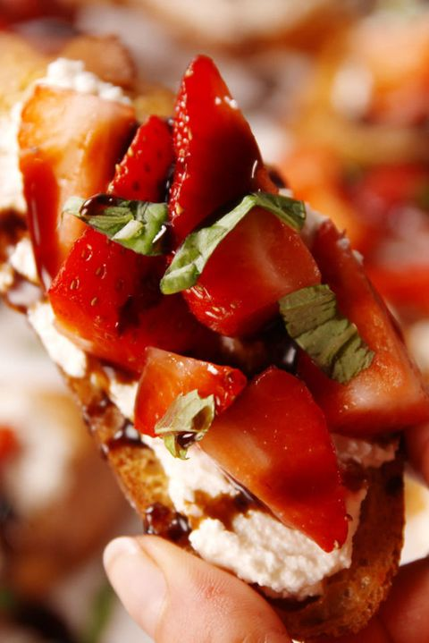 Strawberry Balsamic Bruschetta Vertical