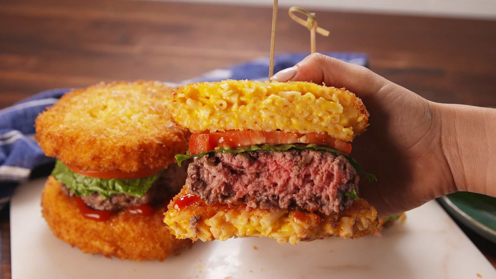 mac and cheese burger bun