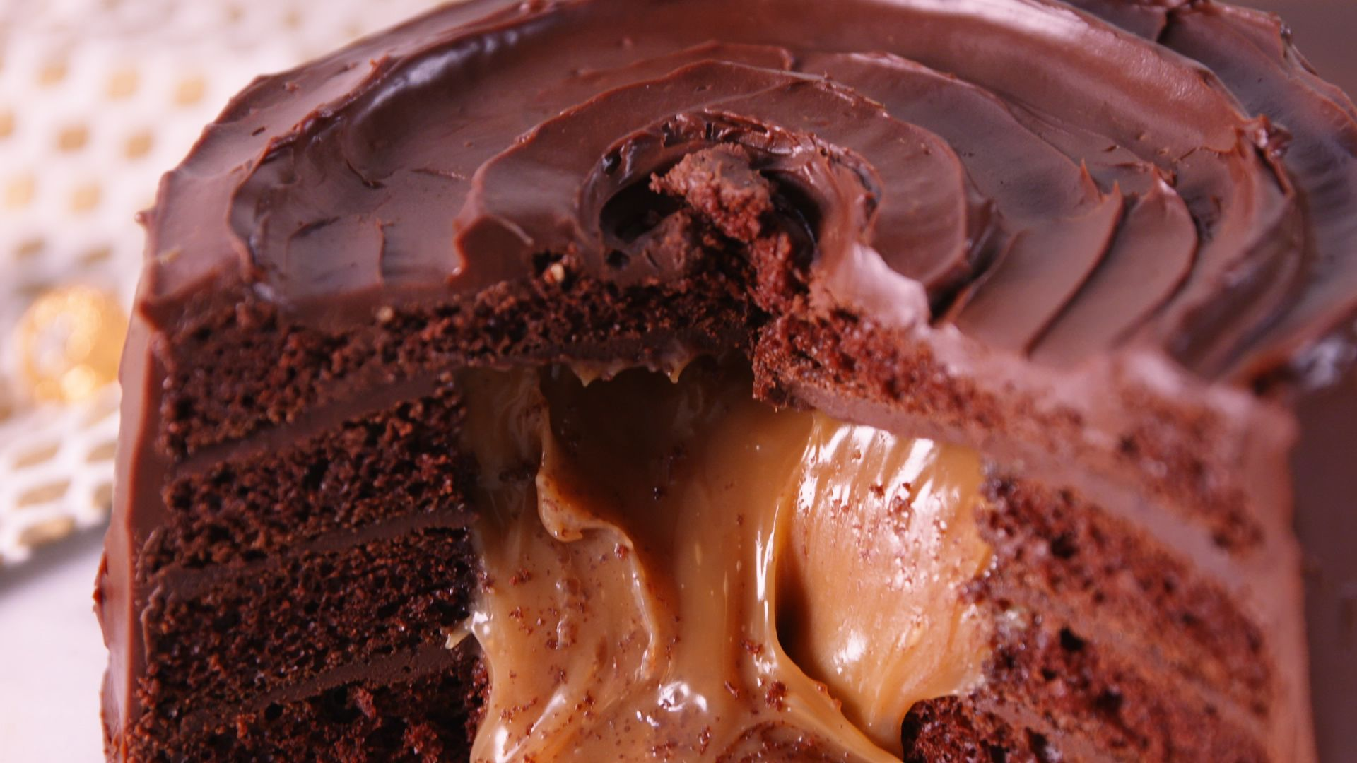 Best Giant Rolo Cake Recipe How To Make A Giant Rolo Cake