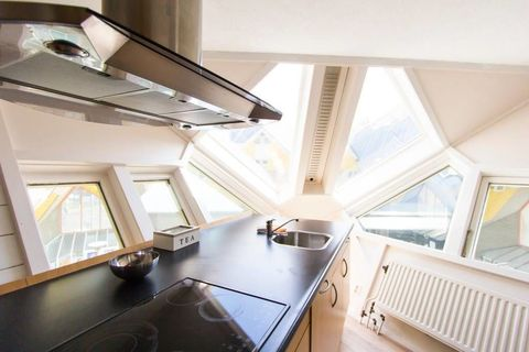 Room, Property, Attic, Daylighting, Interior design, Building, Architecture, Ceiling, House, Furniture,