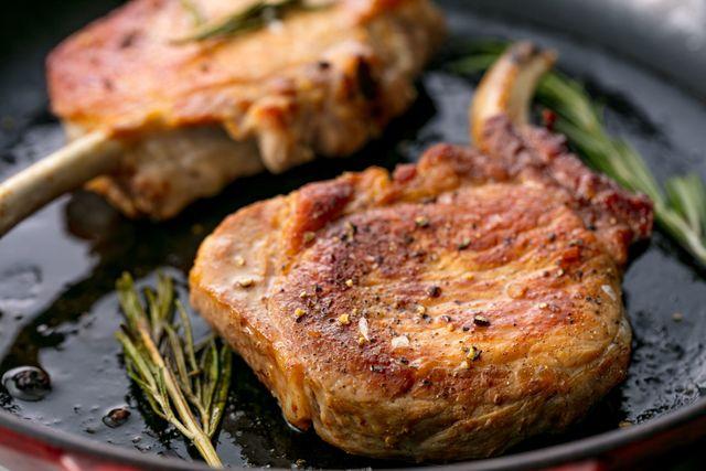 Pork Chops Horizontal