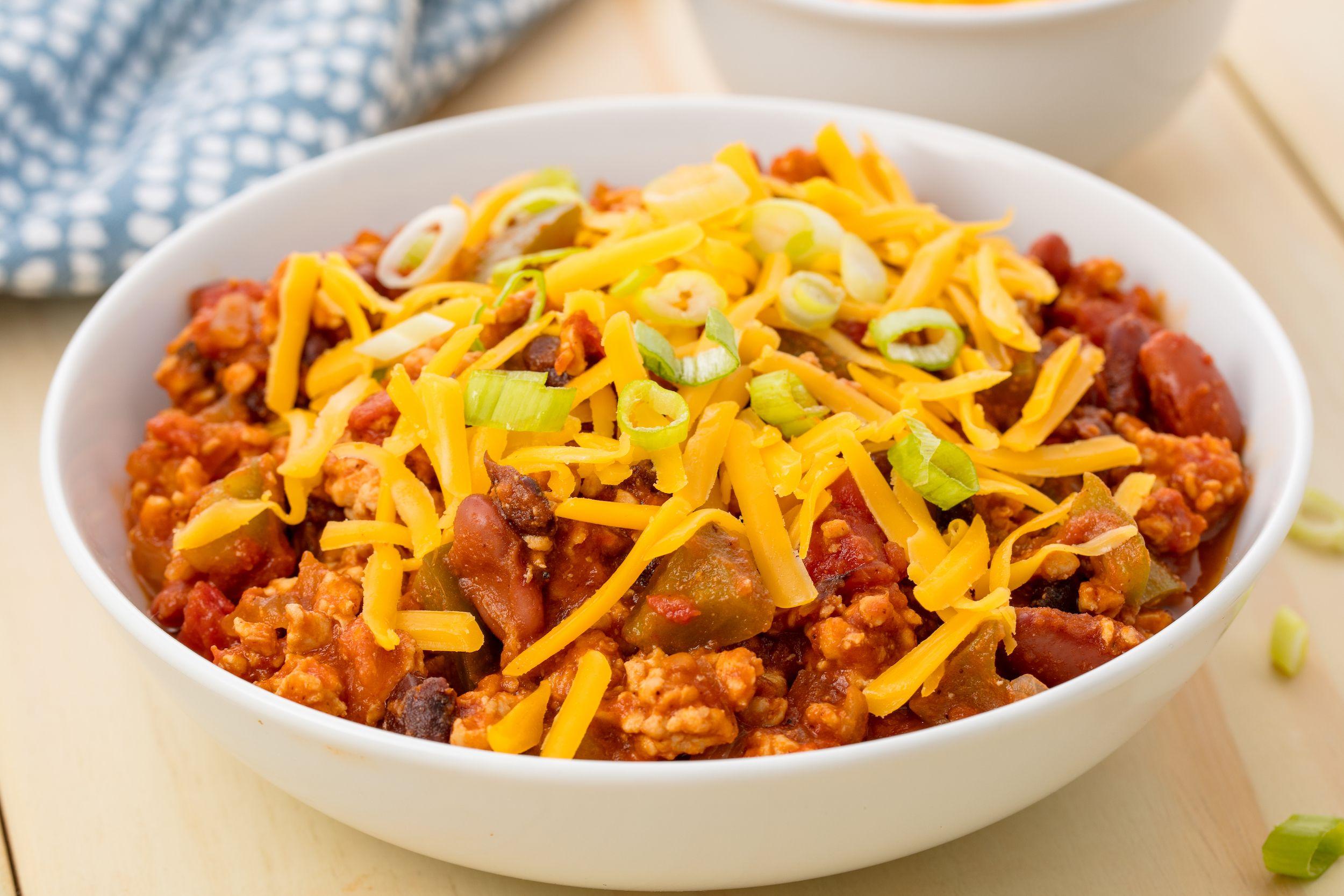 Easy Crockpot Turkey Chili Recipe - How