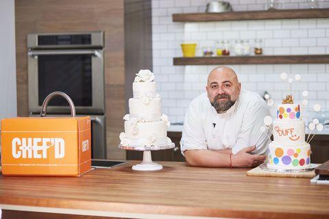 Cake decorating, Chef, Sugar paste, Torte, Cook, Icing, Food, Dessert, Buttercream, Cake,