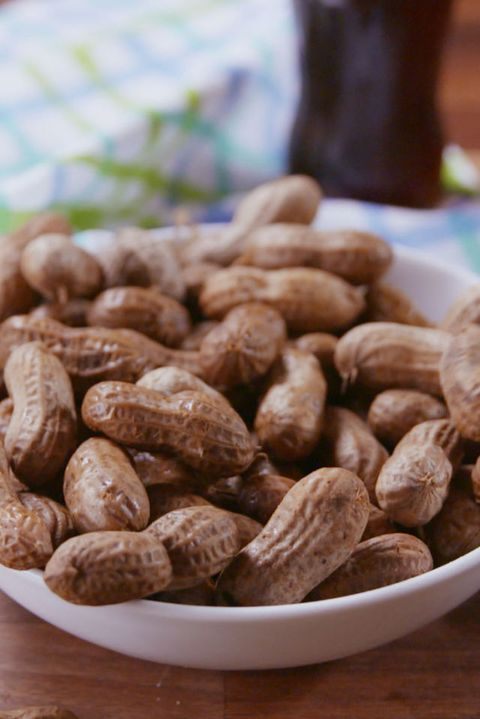 Slow-Cooker Boiled Peanuts Vertical