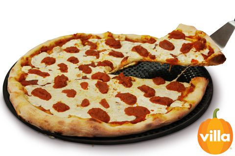 Dish, Food, Pizza, Cuisine, Pizza cheese, Sicilian pizza, Pepperoni, Ingredient, Junk food, Fast food,