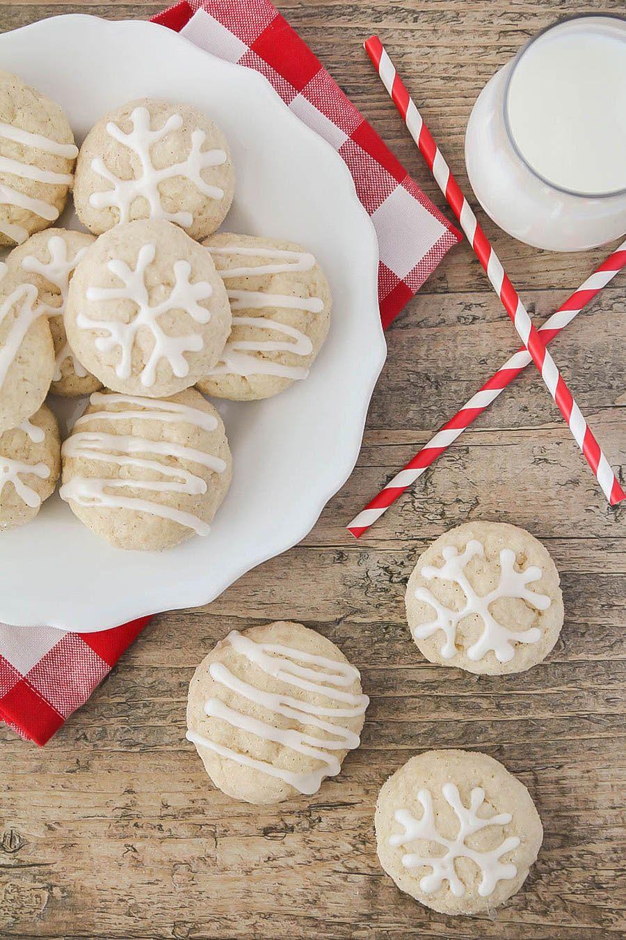 15+ Easy Eggnog Recipes - Homemade Eggnog Drinks and Cookies—Delish.com