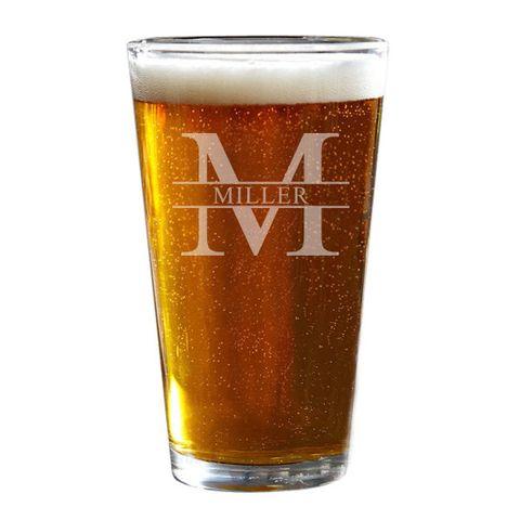 Pint glass, Beer glass, Drink, Pint, Beer, Drinkware, Lager, Alcoholic beverage, Beer cocktail, Ale,