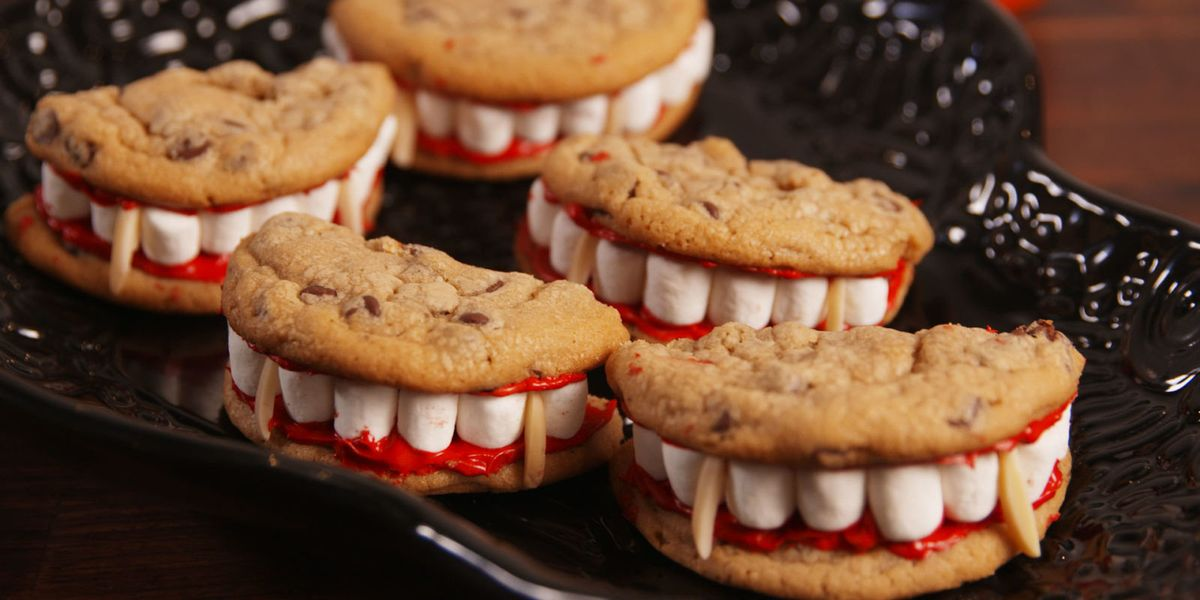 30+ Easy Halloween Desserts - Recipes for Halloween Party Dessert Ideas—Delish.com