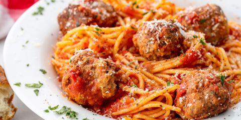 60 Homemade Meatball Recipes How To Make Meatballs Delish Com