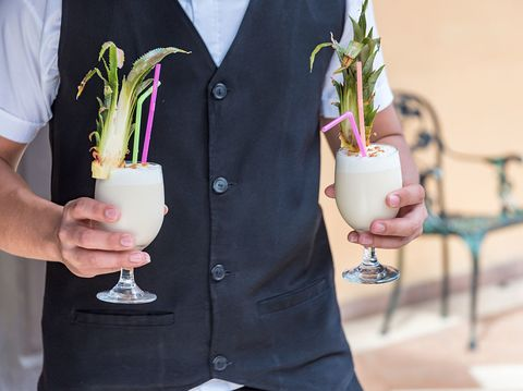 delish-tropical-cocktail