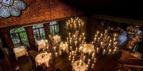 Lighting, Room, Function hall, Interior design, Architecture, Restaurant, Chandelier, Photography, Event, Wedding reception,
