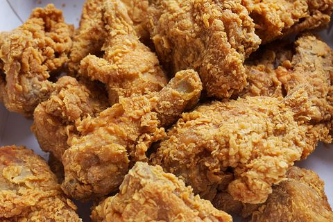 if this weeks popeyes serving restaurant controversy has the crispy chicken on your mind youll be pumped about the fast food chains latest deal - Popeyes Louisiana Kitchen Spicy Chicken Wing