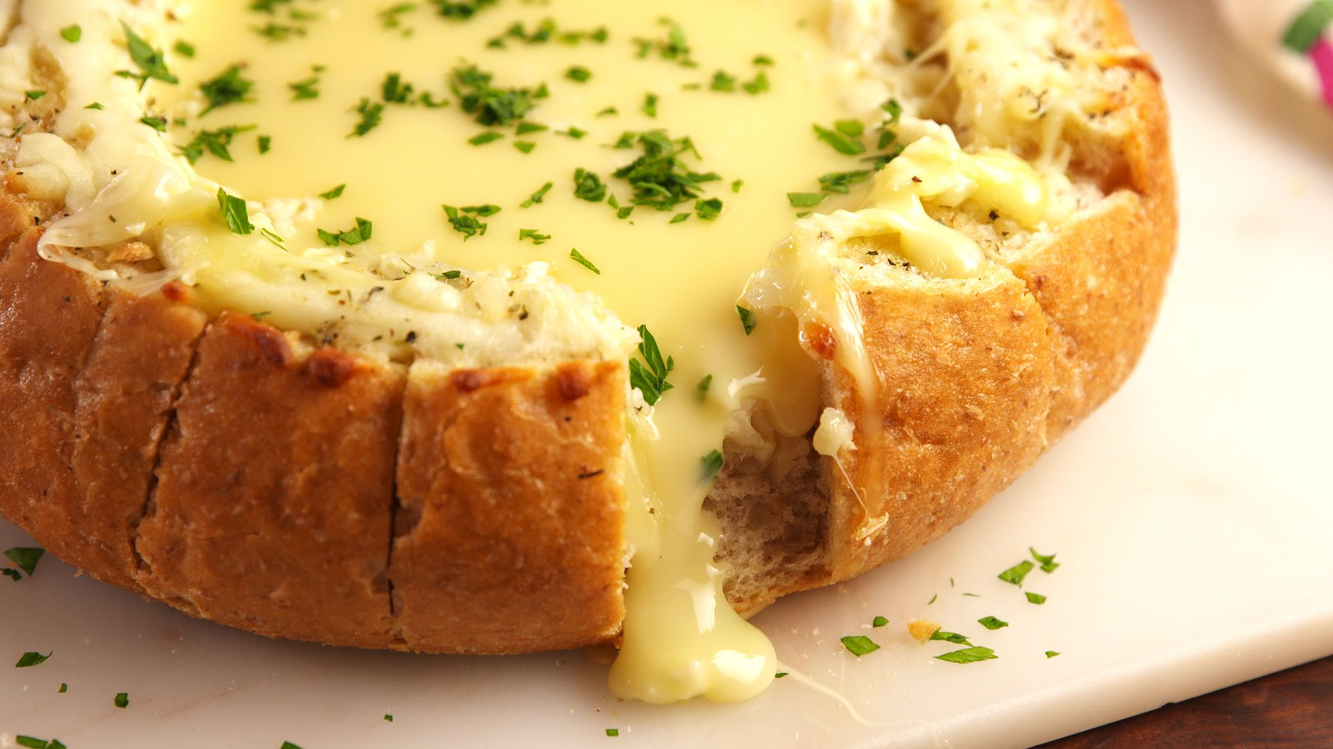 best bloomin brie bread recipe how to make bloomin brie bread