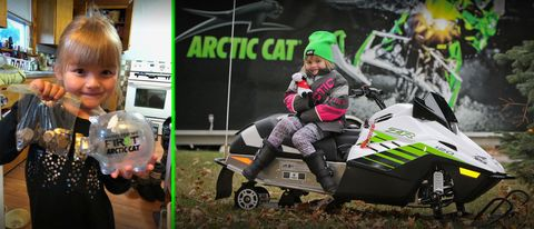 Green, Vehicle, Racing, Motorsport, Car, Soil, Competition event, Team, All-terrain vehicle,