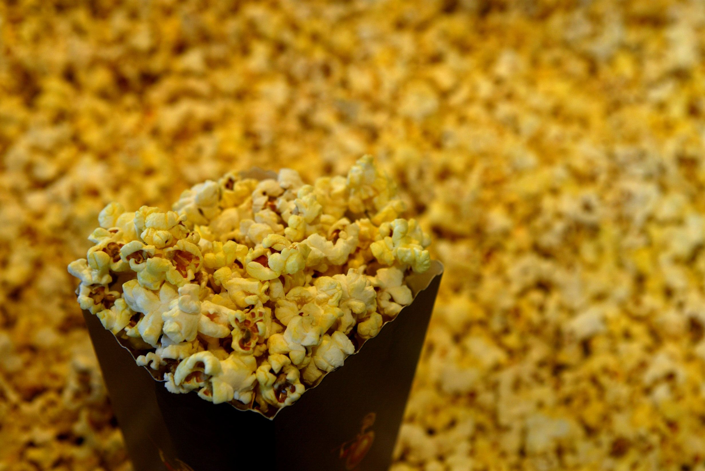 We Need To Talk About What S Actually In The Butter On Movie Theater Popcorn