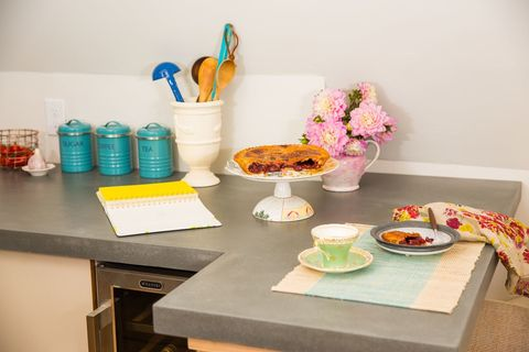 Table, Room, Furniture, Brunch, Breakfast, Meal, Interior design, Food, Tableware,