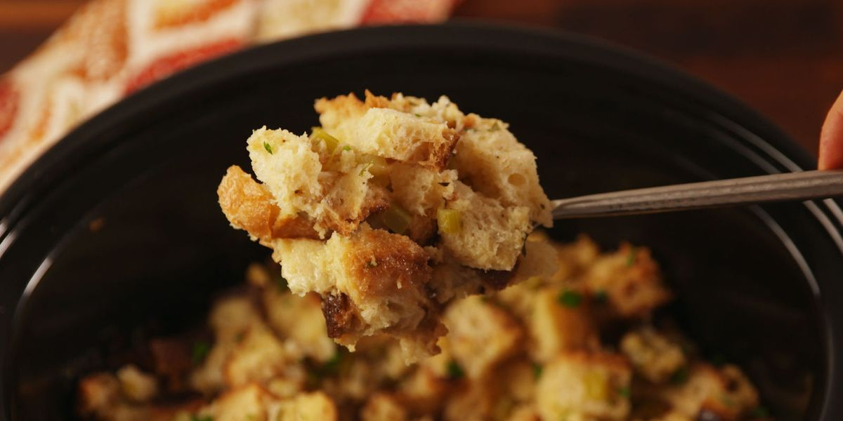 Best Crockpot Stuffing Recipe How To Make Slow Cooker Stuffing