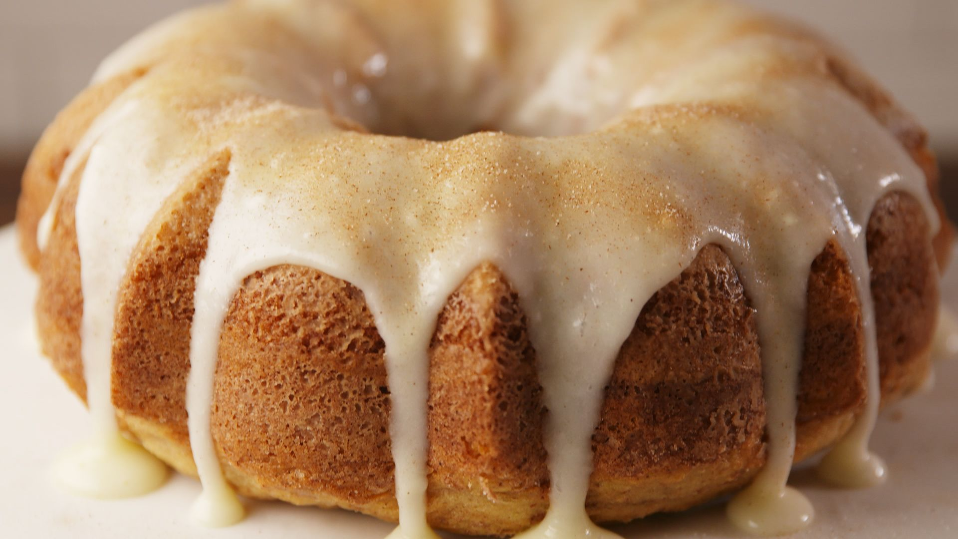 best cinnamon roll bundt cake recipe how to make cinnamon roll