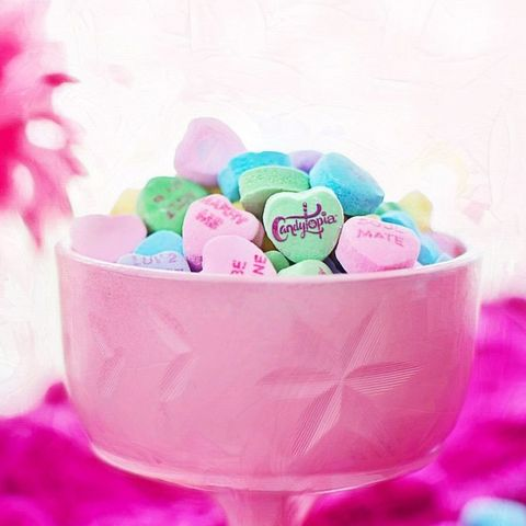 Pink, Food, Sweetness, Party favor, Dessert, Confectionery, Frozen dessert, Candy, Ice cream,