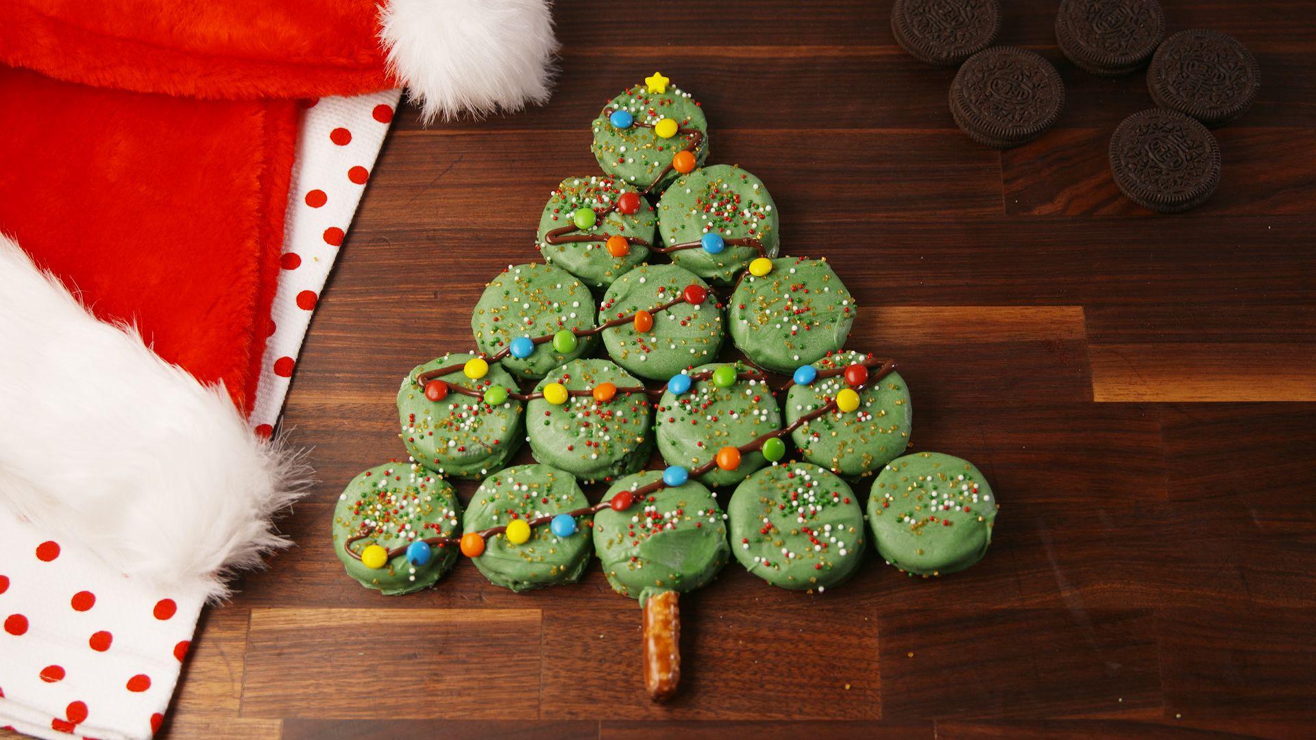 Oreo Christmas Tree