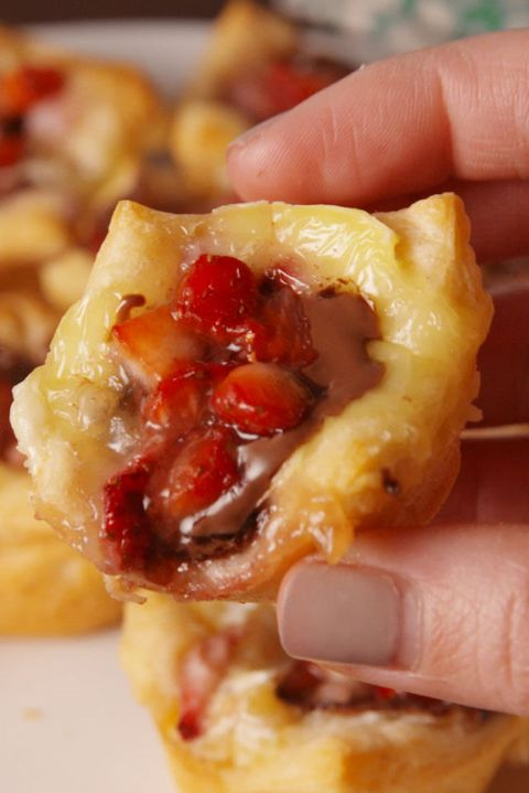 Nutella Strawberry Brie Bites