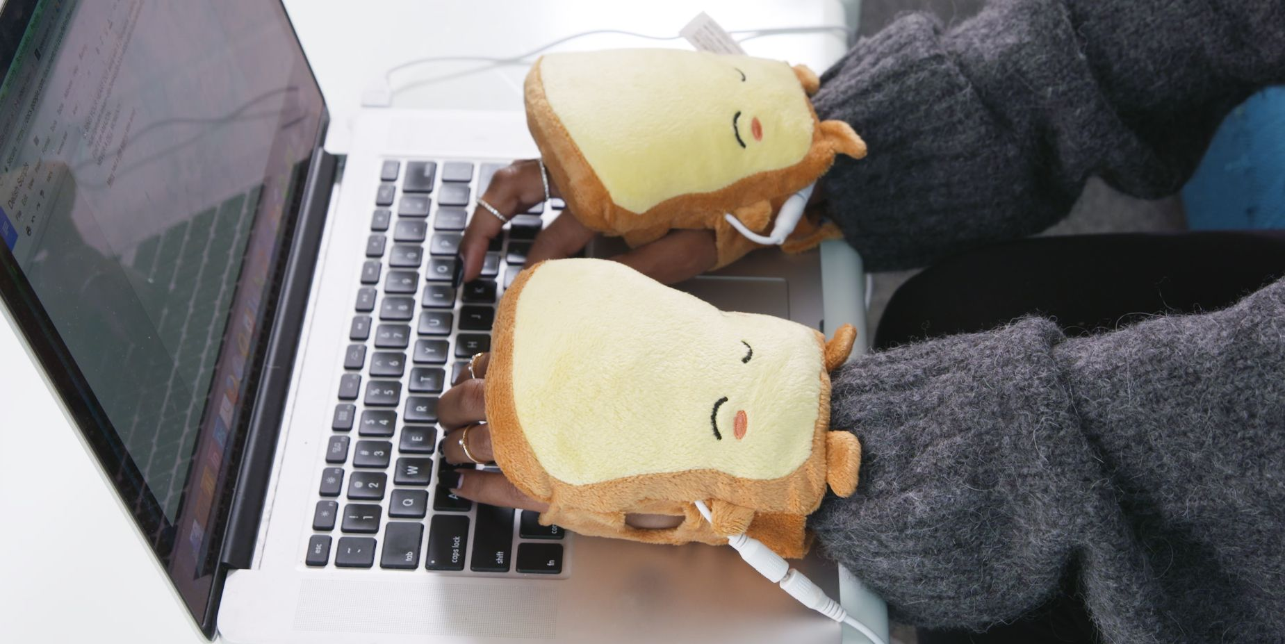 These Toast Hand Warmers Will Be a Lifesaver in Any Freezing Office