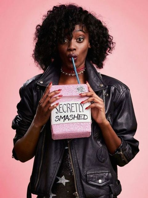 Hair, Hairstyle, Pink, Lip, Cool, Black hair, Photography, Jacket, Afro, Music artist,