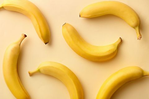 Banana family, Banana, Yellow, Food, Cooking plantain, Peel, Plant, Natural foods, Fruit, Superfood,