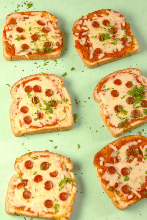 Pizza Toast Vertical