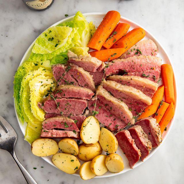 slow cooker corned beef  cabbage vertical