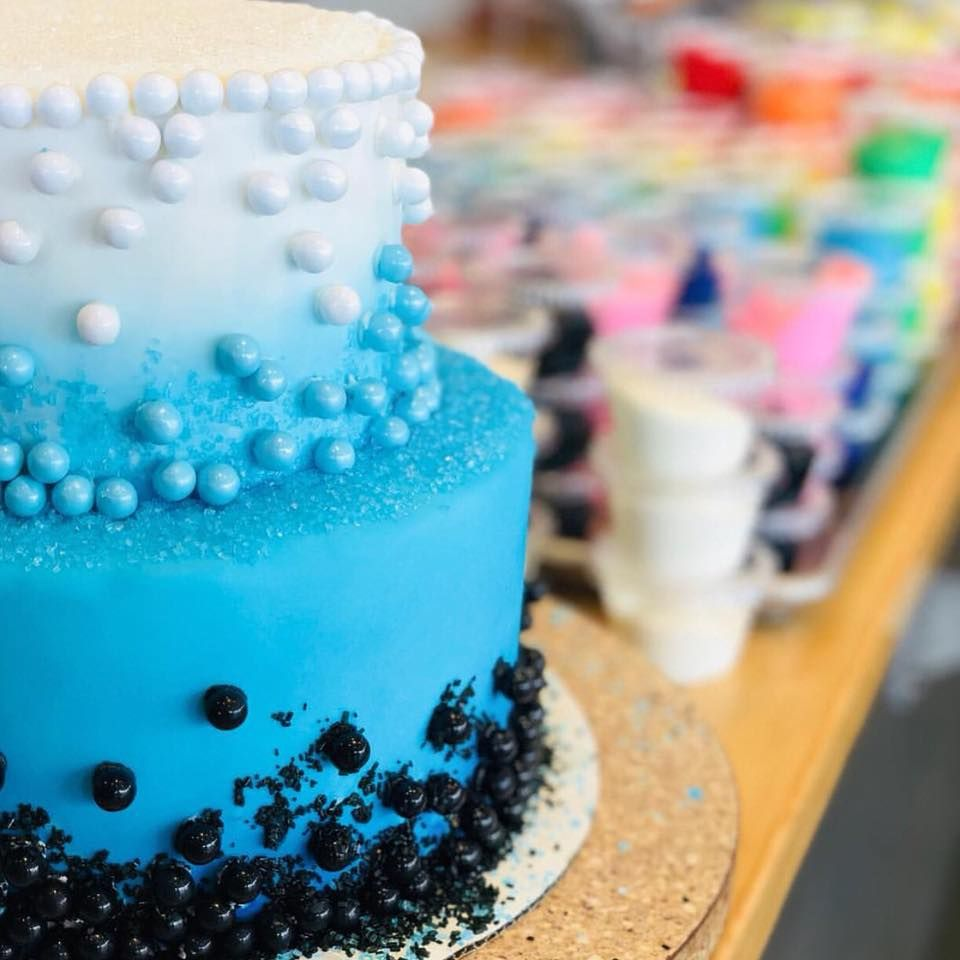 Duff Goldman S New Store Lets You Decorate Your Own Pre Baked Cakes