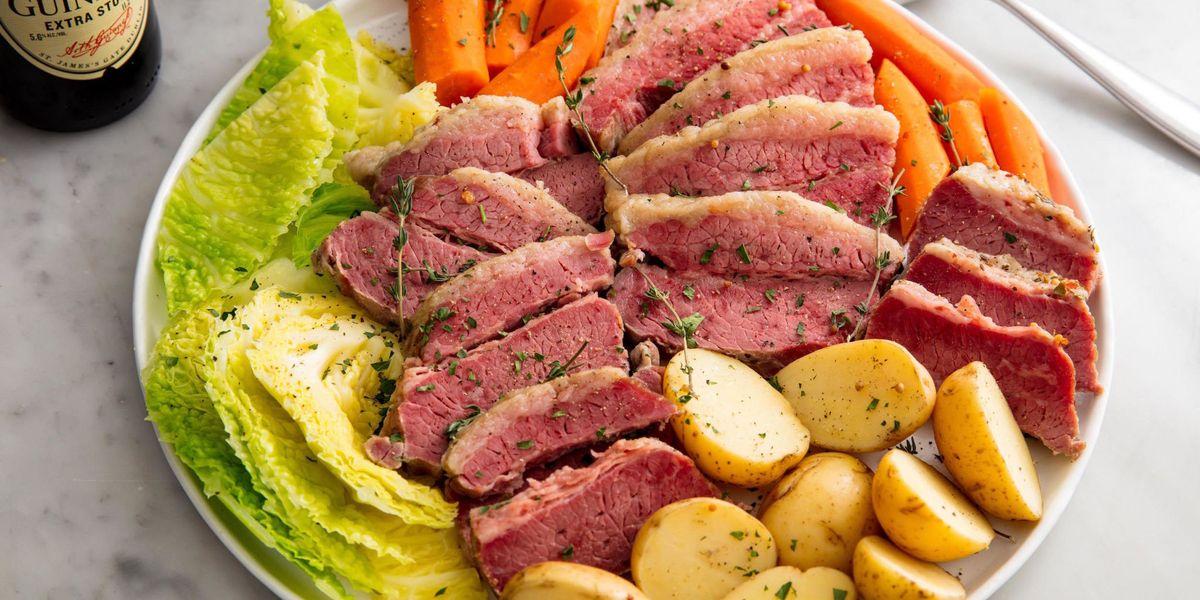 Slow Cooker Corned Beef & Cabbage Is Unbelievably Tender