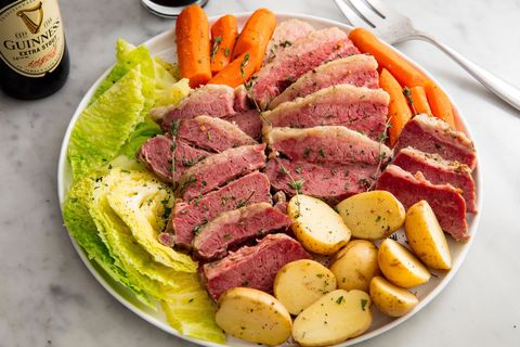 Slow Cooker Corned Beef & Cabbage Horizontal