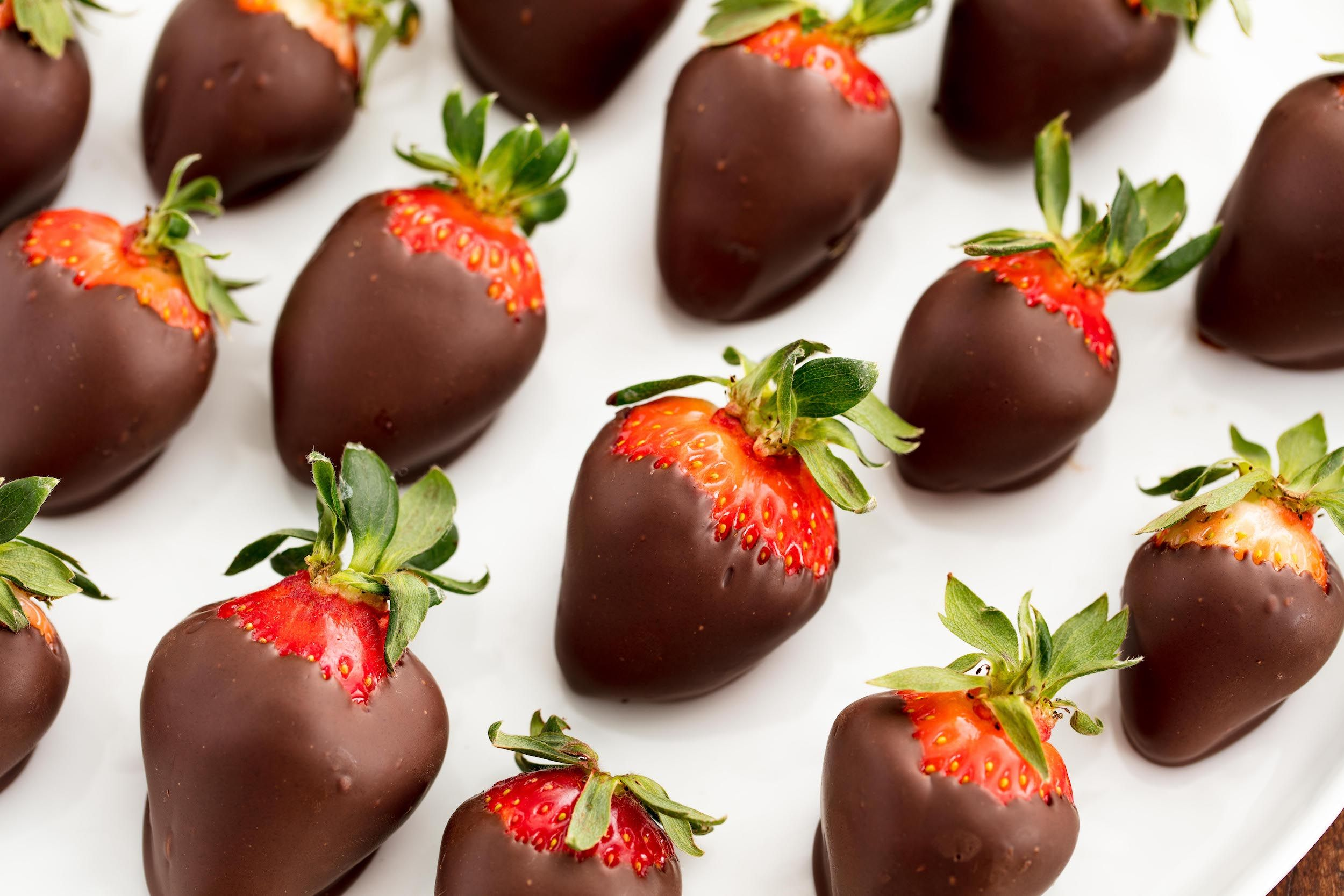 deals on chocolate covered strawberries