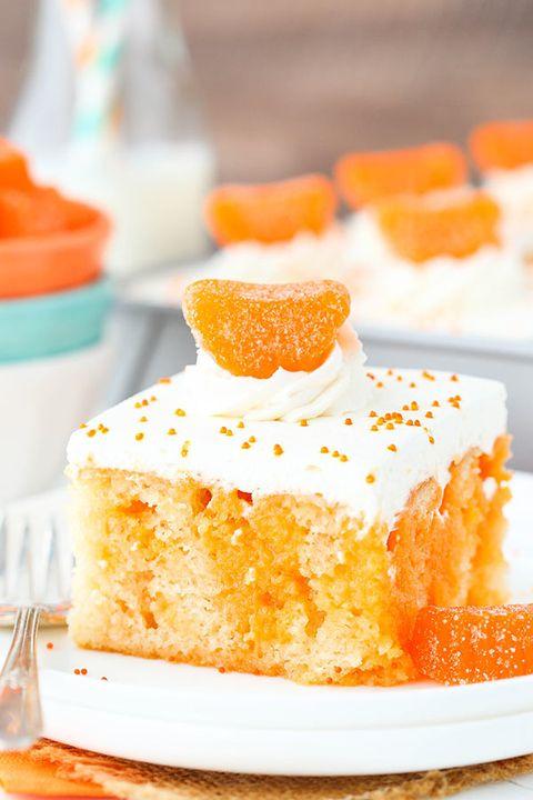 Dish, Food, Cuisine, Tres leches cake, Dessert, Ingredient, Baked goods, Produce, Citrus, Sugar cake,
