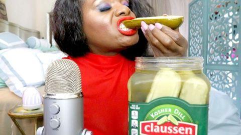 Food, Junk food, Drink, Plastic bottle, Eating,