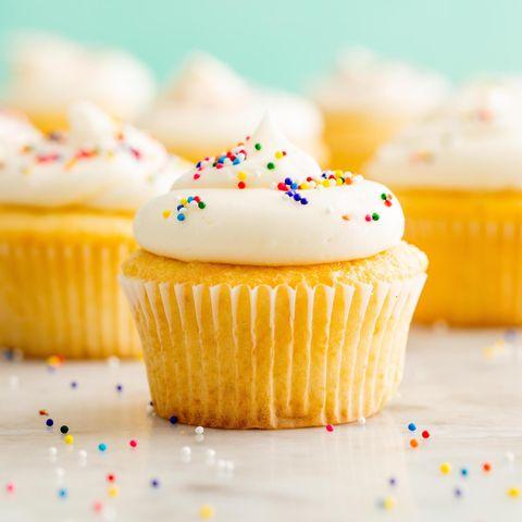 vanilla cupcake horizontal