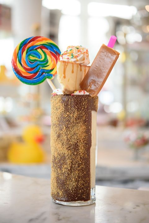 Sweetness, Food, Sprinkles, Dessert, Cuisine, Frozen dessert,