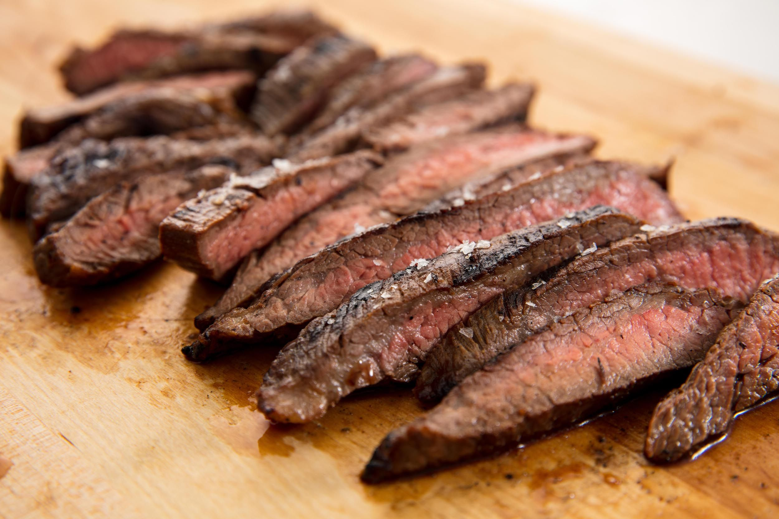 How to make juicy oven steak fillet