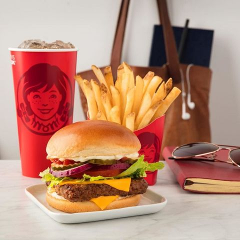 Food, Junk food, Fast food, Hamburger, Dish, French fries, Veggie burger, Cheeseburger, Cuisine, Ingredient,