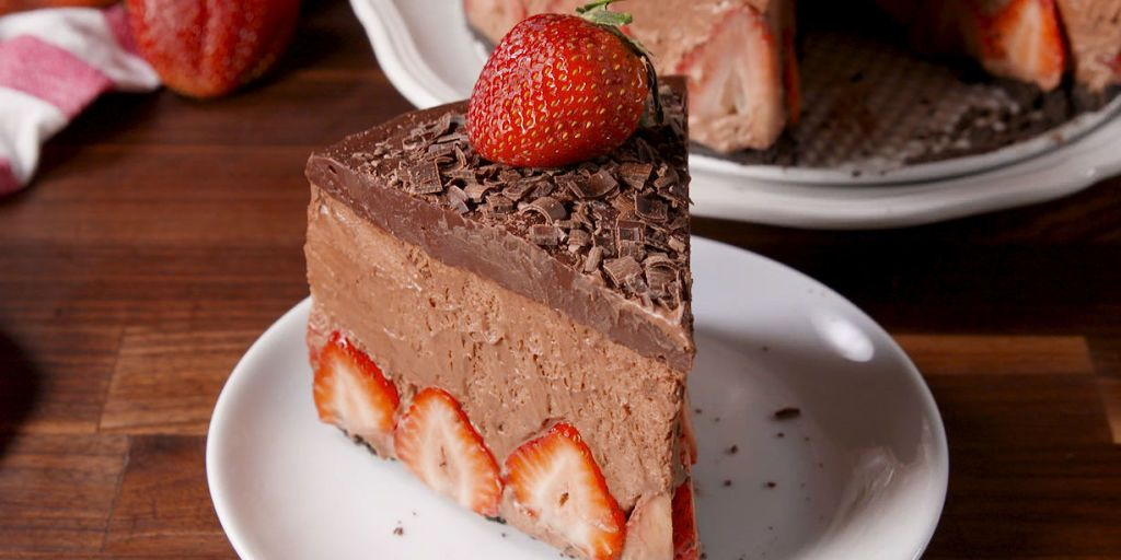 chocolate mousse wedding cake recipe best strawberry chocolate mousse cake recipe how to make 12731