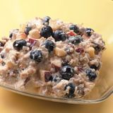 <p>Muesli mixed with yogurt and fruit packs in the nutrition and satisfies all morning long.</p><br />