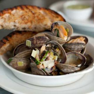 "<p>Renee Erickson's small, seafood-centric spot was a favorite when I was in Seattle shooting Top Chef.</p><p><a href=""http://www.thewalrusbar.com"" target=""_blank""><i>thewalrusbar.com</i></a></p>"