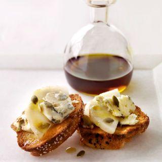 "<p><b>Recipe: <a href=""http://www.delish.com/recipefinder/stilton-pear-crostini-recipe"" target=""_blank"">Stilton-Pear Crostini Drizzled with Pumpkin Seed Oil</a></b></p>"