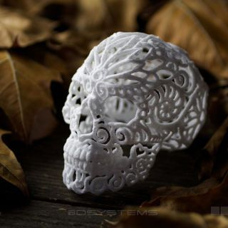 Perfect for a spooky Halloween party or festive Day of the Dead celebration, this intricate printed skull is made entirely out of sugar.